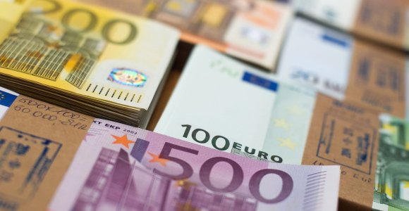 Lietuva šią savaitę išpirks 1 mlrd. eurų euroobligacijų emisiją