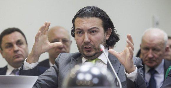 Advokatu prisistatančiam S.Tomui uždrausta atstovauti pareiškėjams EŽTT