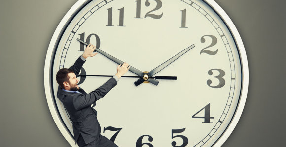 Iki laikrodžių sukimo pakeitimų – ilgas kelias