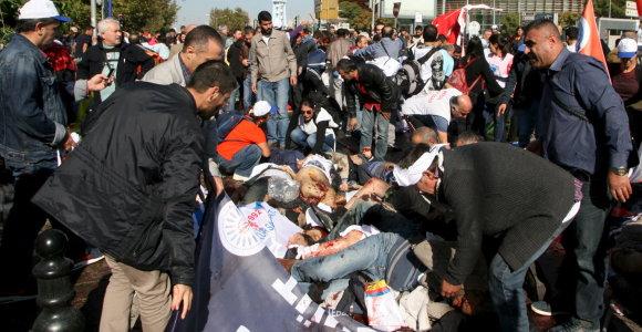 Ankarą sudrebino du sprogimai: daugybė žuvusių ir sužeistų