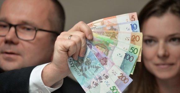 Baltarusijos gyventojai tuština sąskaitas bankuose