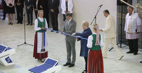 """Dalia Grybauskaitė per """"Girstučio"""" baseino atidarymą: """"Aš – vilnietė, bet dabar jau pavydžiu Kaunui"""""""