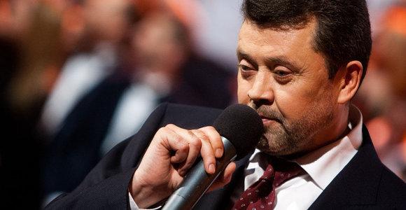 """Mįslingai dingęs Vytautas Šapranauskas trečiąkart nepasirodė sutartoje vietoje sutartu laiku – """"ant ledo"""" liko į jo paties šou sukviesti gerbėjai"""