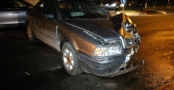 """Ketvirtadienio vakarą apytuštėse Panevėžio gatvėse vietos nepasidalijo """"Volkswagen"""" ir """"Audi"""""""