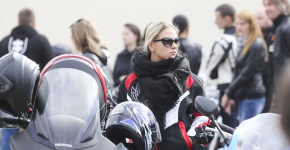 Motociklininkų sezono uždaryme rokerišku stiliumi suspindo baikerės