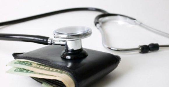 Vyriausybė siūlo kol kas nesuvienodinti sveikatos draudimo įmokų