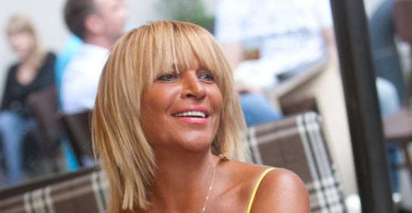 """Skyrybų advokatė Svetlana Pronina: """"Vyrai, vesdami jaunesnę moterį, pasirašykite vedybų sutartį"""""""