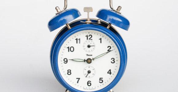 Suksime laikrodžių rodykles – sekmadienį Lietuvoje bus įvestas vasaros laikas