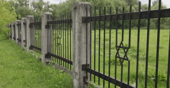 Kryme išniekinti nacių aukų palaikai – Rusijos žydų atstovai reikalauja pasiaiškinimo