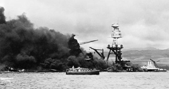 """""""Wikipedia""""/JAV laivyno nuotr./Išpuolis Perl Harbore"""