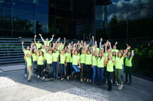 Projekto partnerio nuotr./Danske Bank komanda savo vardo Vilniaus maratoną įveikia su dideliu kolegų palaikymu