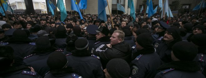 Rusijos OMON apsupo Krymo totorių televiziją ATR Simferopolyje, vyksta kratos
