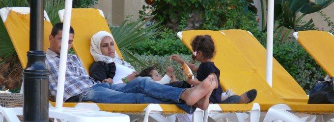 Lietuviai nieko nebijo – iš Tuniso grįžo tik du, kiti tebeprašo kelionių