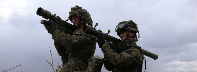 """Lenkijos priešlėktuvinė gynybos sistema """"Grom"""" – jau Lietuvoje"""