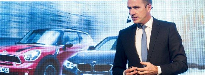 BMW koncerno viceprezidentas Vilniuje pristatė ateities automobilių technologijas