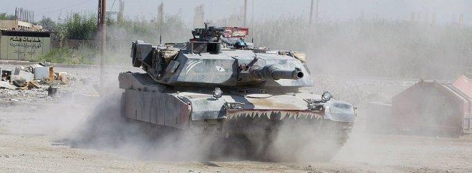 JAV karo vadovybė svarsto į Baltijos šalis atgabenti tankų ir kitos karinės įrangos
