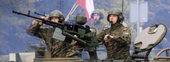 Lenkai rengiasi galimai Rusijos invazijai: ar jiems pavyktų apsiginti be NATO pagalbos?
