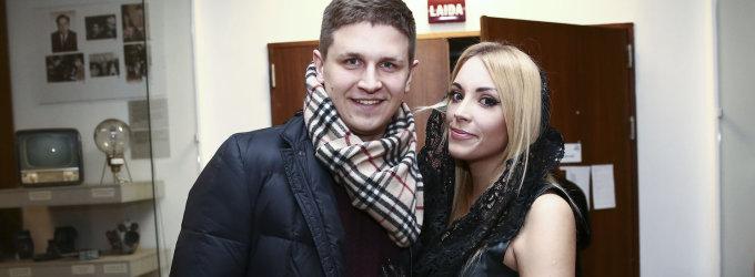 """Liepą Mondeikaitę """"Eurovizijos"""" atrankoje dėmesiu lepino sužadėtinis Evaldas Norkevičius"""