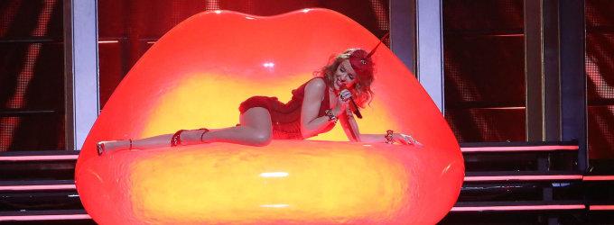 Seksualioji popmuzikos žvaigždė Kylie Minogue šį vakarą Kaune kursto gerbėjų aistras