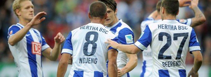 Vokietijos futbolo čempionato 4-asis turas prasidėjo rezultatyviomis lygiosiomis