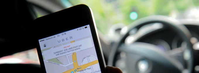 """""""Uber"""" viceprezidentas grasino sekti apie bendrovę blogai rašančius žurnalistus"""