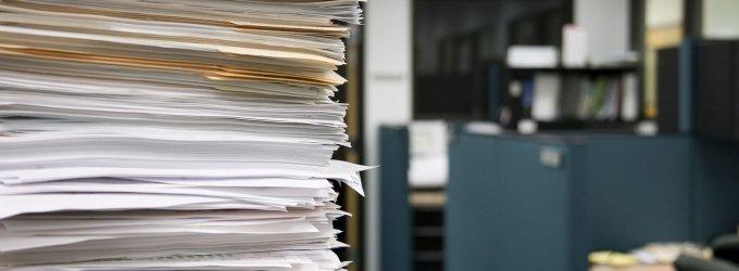 Ūkio banko grupės dokumentų dingimo byloje teisiami V.Butūzovienė ir A.Juknevičius
