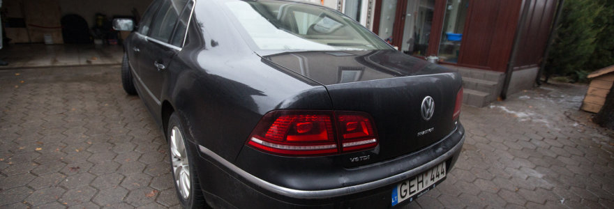 """Naujo rūdijančio """"VW Phaeton"""" istorija: teismo sprendimas – kliento naudai"""