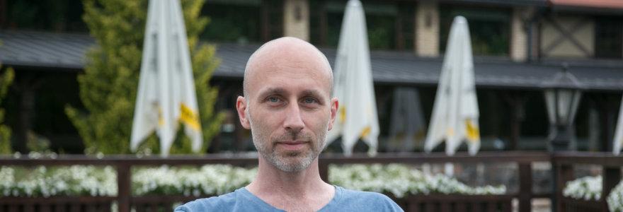 Lietuva užsieniečius sutinka be magaryčių: A.Smirnovą išgrūdo iš Rotušės aikštės į Naujininkus