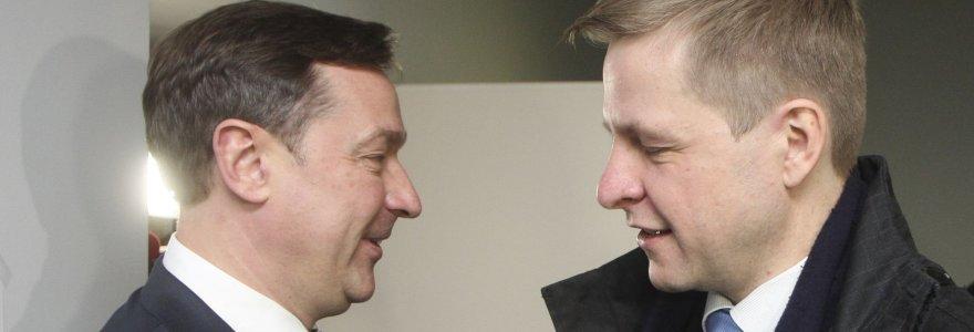 Prieš antrąjį rinkimų turą – Remigijaus Šimašiaus ir Artūro Zuoko gerbėjų kovos feisbuke