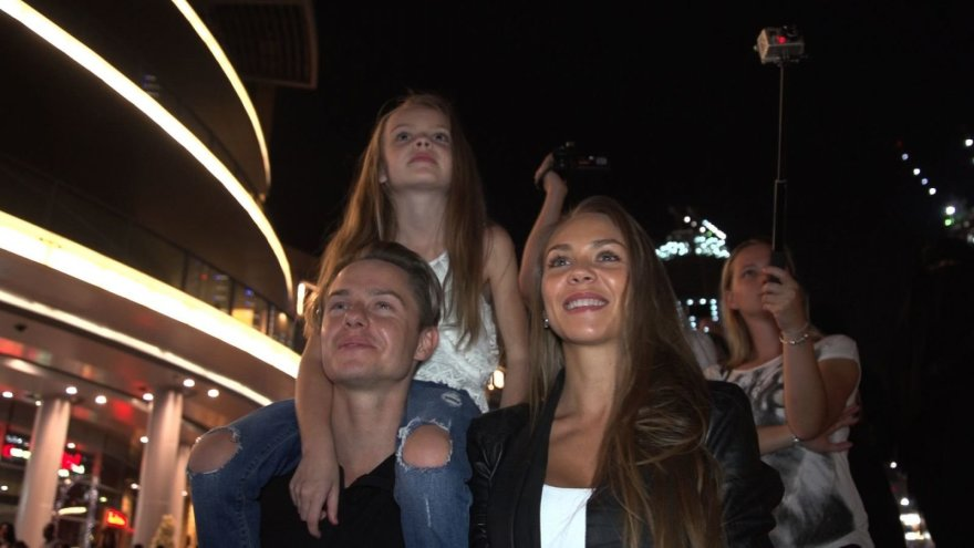 JAE gyvenantis lietuvis Tadas su žmona Indre ir dukra Saule