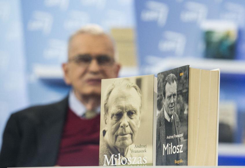 """Knygos """"Miloszas: biografija"""" pristatymas"""