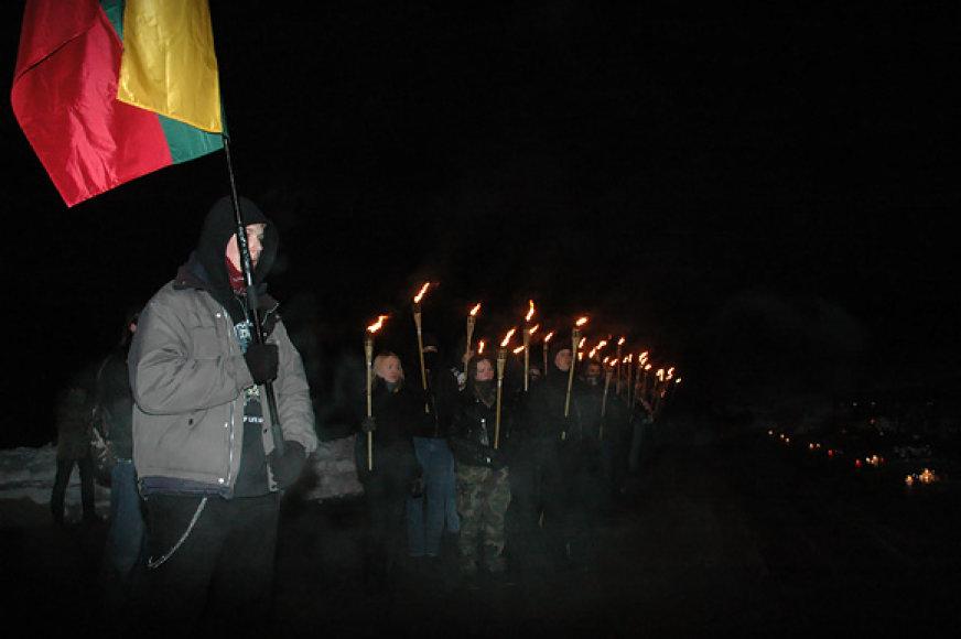 Prie Sausio 13-osios aukų kapų