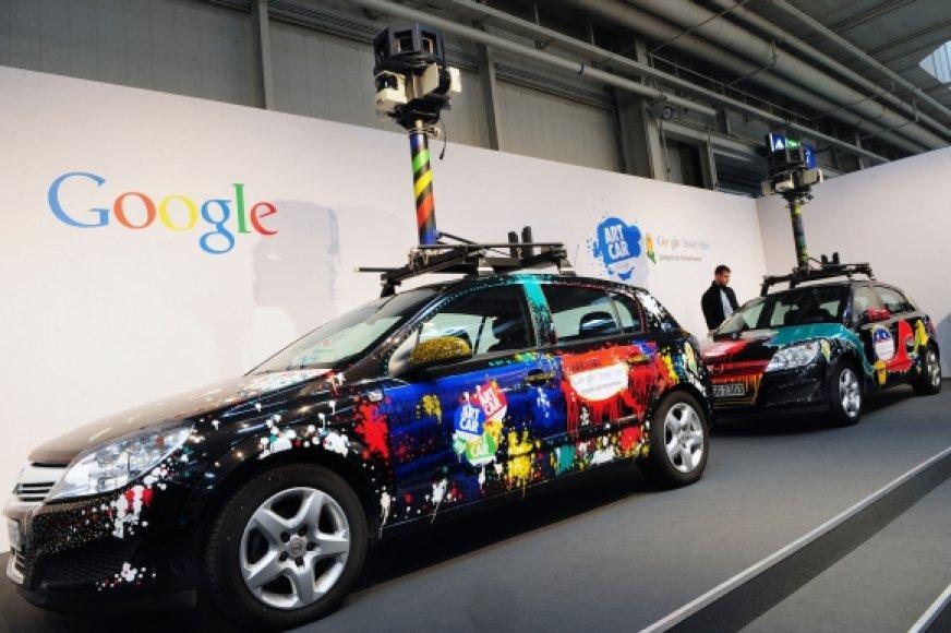 """Google Street View"" automobiliai."