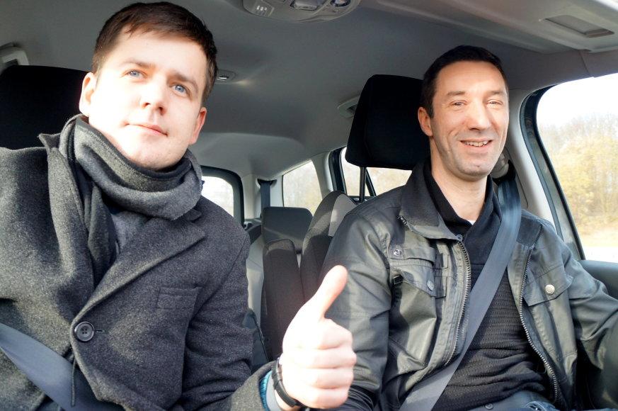 Marijaus Gailiaus nuotr./Lievenas vairuoja ekonomišką automobilį ir domisi, kaip mažiau kenkti aplinkai