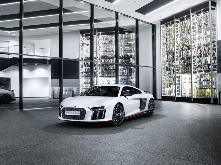 """Audi"" nuotr./""Audi R8 Coupe V10 plus"""