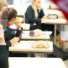 Nuo 2016 metų: mažiau pamokų penktadieniais, ilgesni mokslo metai
