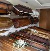 Geriau nei Holivude: moteris apsireiškė savo laidotuvėse ir vyrą pasiuntė į kalėjimą