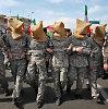 Irano propaganda: paviešino verkiančio JAV jūreivio vaizdus, suvaidino jų sulaikymą