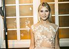 Garsenybių vakarėlyje Simona Starkutė prikaustė dėmesį: atvira suknelė leido grožėtis jos kūnu